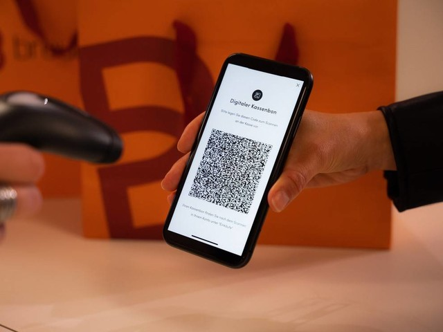 Breuninger führt digitale Zahlungsbeleg ein