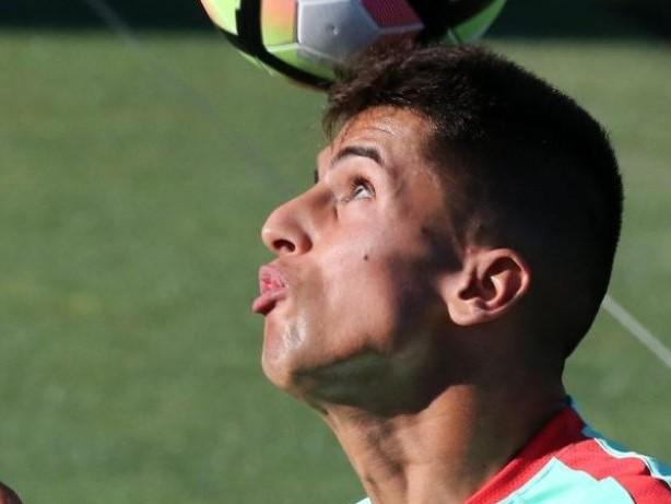 Medienbericht: Wechsel von Valencias Cancelo zu Juve steht bevor