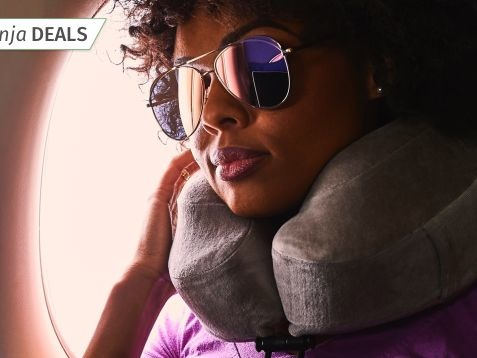 Here's an Extremely Rare Discount On Our Readers' Favorite Travel Pillow