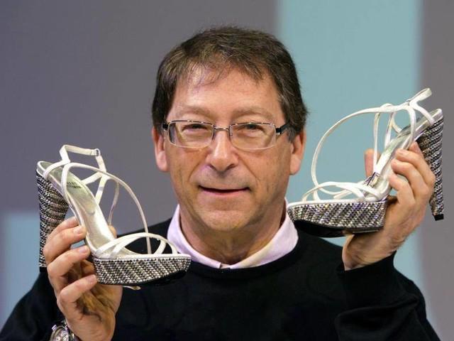 """Großer US-Designer: """"Schuhe sind meine Goldmedaillen"""": Stuart Weitzman wird 80"""