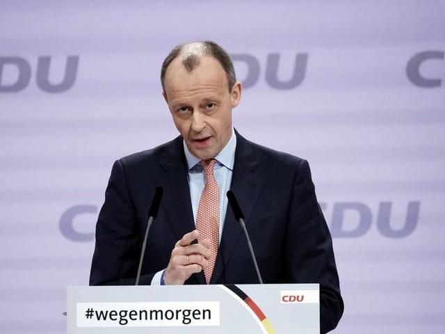 """Merz stellt sich auf Laschets Seite – """"Will die CSU eine derart geschwächte CDU?"""""""