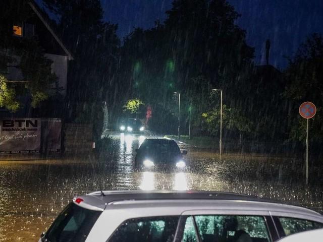 Schwere Unwetter im Kreis Esslingen: Überschwemmungen, umgestürzte Bäume und eine Evakuierung