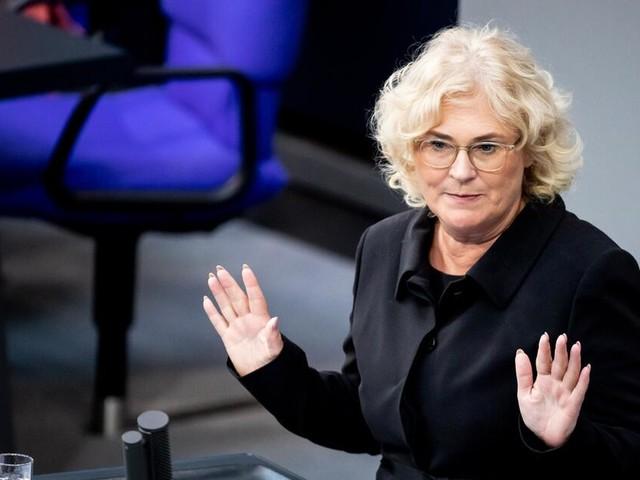 Lambrecht: Zurückhaltung bei Strafen wegen Klima-Schulschwänzen