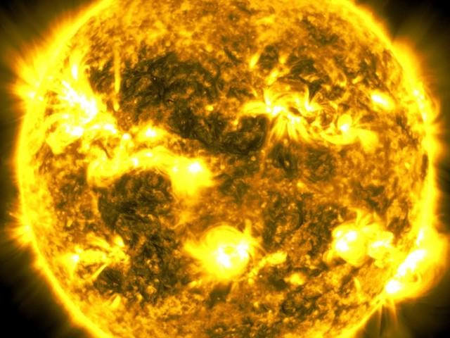 A Decade of Sun – 10 Jahre Sonnen-Fotografie als Zeitraffer