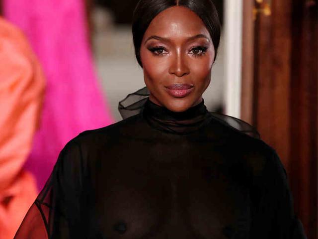 Naomi Campbell Ohne Perücke Auf Der Fashion Week Gossip