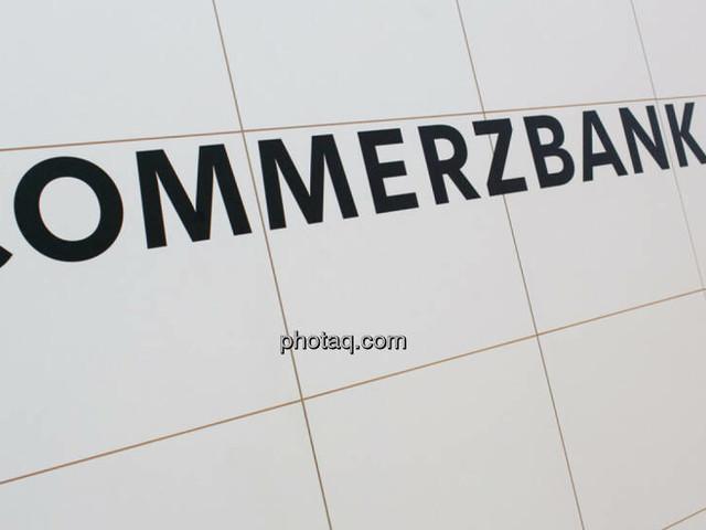 Commerzbank lagert Aktiengeschäfte an Privatbank Oddo BHF aus und Inflationsängste lösen Gewinnmitnahmen an Europas Börsen aus (Top Media Extended)