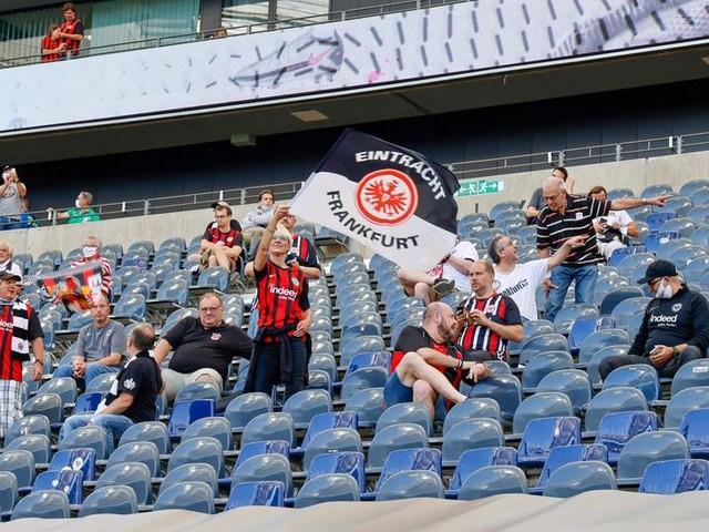 Nächste Runde im Zuschauer-Streit: Eintracht verkauft nun doch 10.000 Tickets