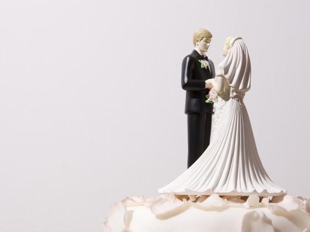 Weniger Eheschließungen und Scheidungen 2020 in Österreich