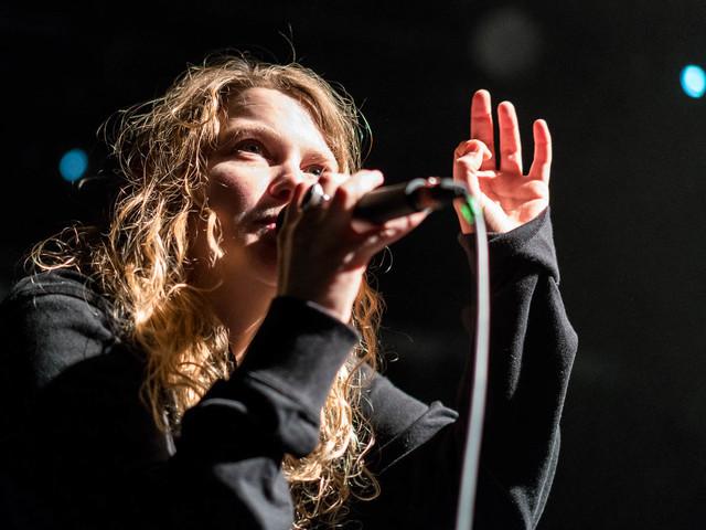 Kate Tempest: Droh-Mails sorgten für Konzert-Absage in Berlin