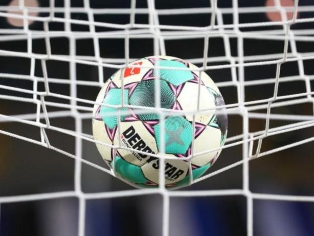 Fußball: Nordduell zwischen Holstein Kiel und Hannover 96