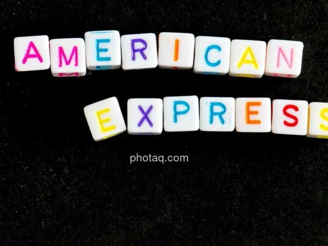 Unser Robot zum Dow: Kleines Minus, American Express stark
