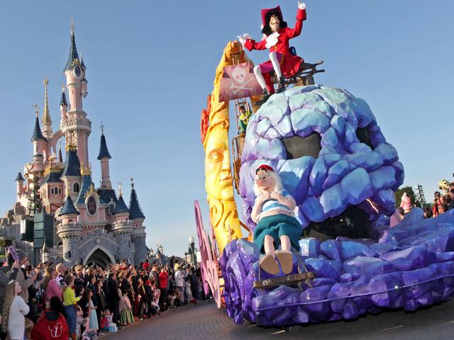 """Disneyland Paris bis März 2019 mit """"Festival der Piraten und Prinzessinnen"""" und """"Legenden der Macht""""-Event: Das wird geboten!"""
