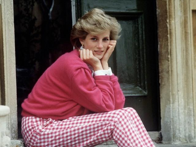 - Prinzessin Diana (†36): Vertrauter enthüllt Details aus der Unfallnacht