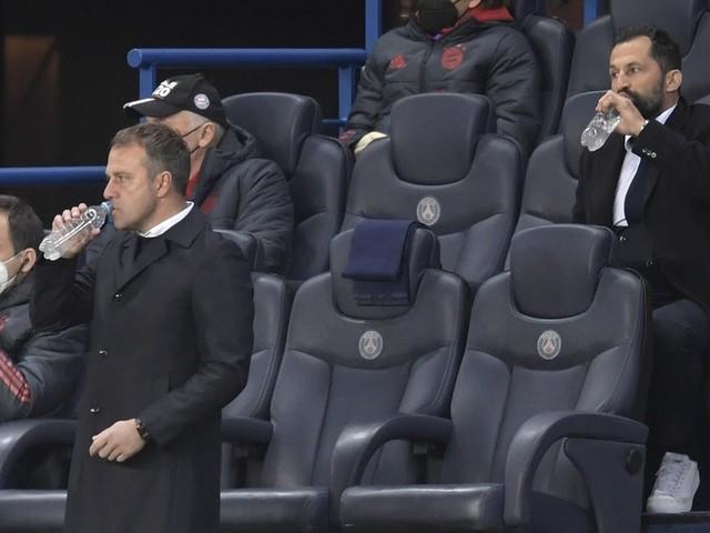 """Flick """"hin- und hergerissen"""" - Bayern-Trainer Auslöser einer Kettenreaktion?"""