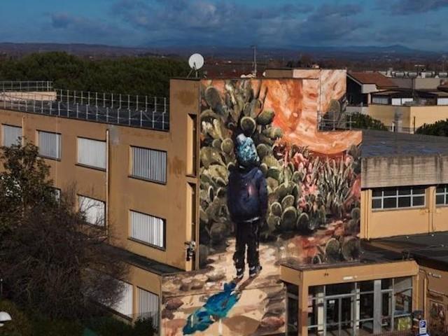 """""""Last Horizon"""" – Künstler Jerico Cabrera Carandang mit großartigem Mural an italienischer Schule"""
