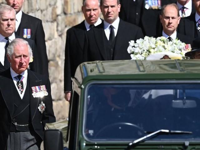 Körpersprache der Königsfamilie auf Prinz Philips Beerdigung spricht Bände