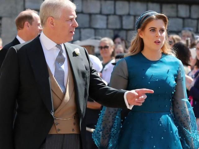 Frischgebackene Mama Beatrice von Vater Prinz Andrew im Stich gelassen