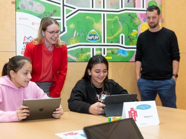 Den Erwachsenen weit voraus: Wie Schüler nebenbei das Programmieren lernen