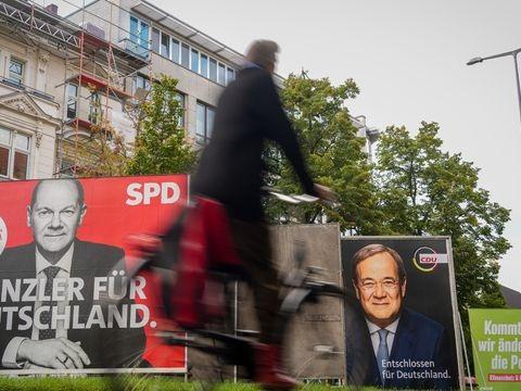 Bundestagswahl: Wahllokale geöffnet - knapper Ausgang erwartet