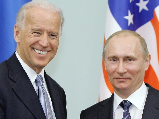"""Skepsis von Anfang an: Biden trifft den """"Killer"""" Putin"""