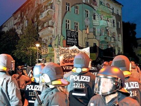 Ex-Polizeiführer Knape nimmt Slowiks Rigaer-Weisung auseinander
