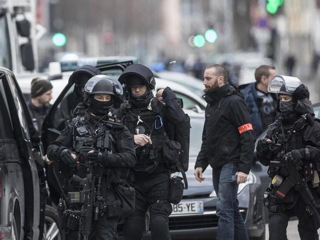 Druck wächst bei Suche nach Straßburger Attentäter - Opferzahl steigt