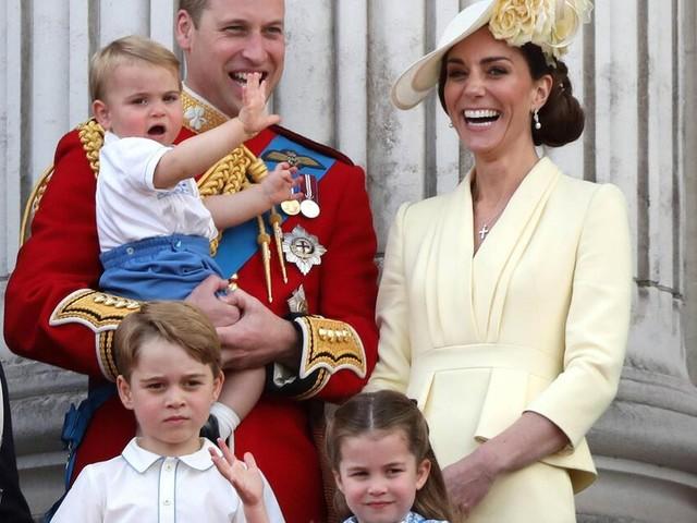 So süß gratulieren George, Charlotte und Louis Mama Kate und Oma Diana