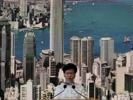 Hongkong legt Auslieferungsgesetz auf Eis