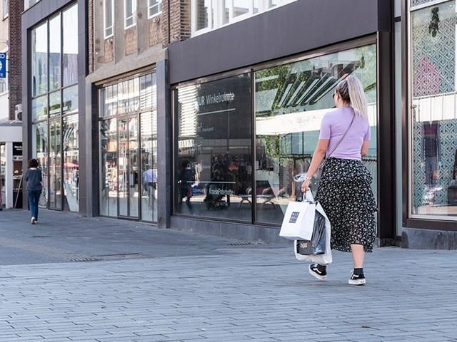 Je nach Bundesland: Wo und wie das Einkaufen in Modegeschäften möglich ist