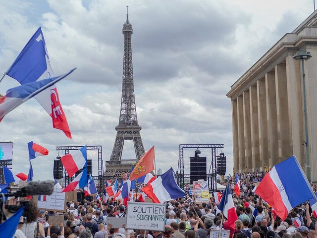 Delta-Variante: Demonstrationen gegen Corona-Maßnahmen inFrankreich, Griechenland und Italien