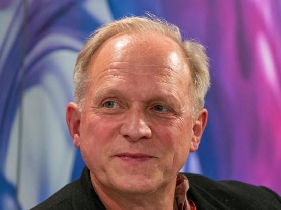 "Lockdown: So bleibt ""Tatort""-Star Ulrich Tukur im Lockdown fit"