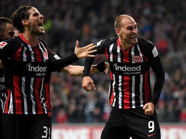 Wuchtige Frankfurter verhindern Leverkusens Sprung an die Spitze