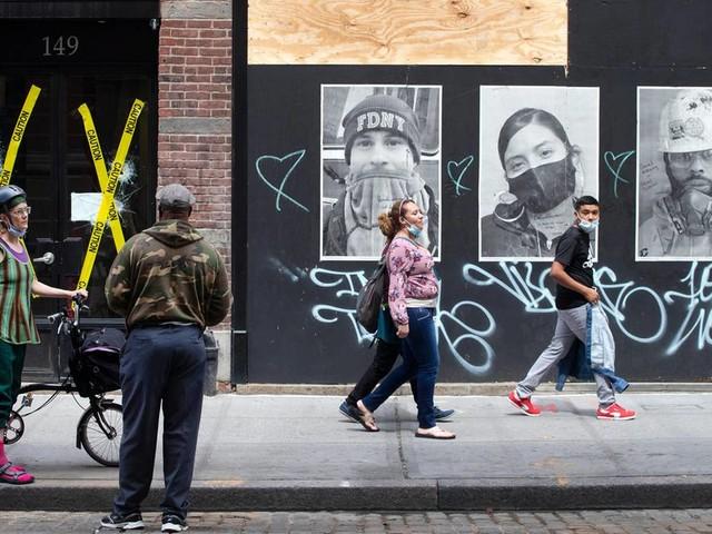 Lockerungen in New York: Erst Corona, jetzt Massenproteste und Ausgangssperre: Wenn sich zum Leid die Wut gesellt