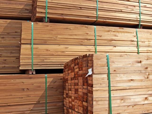 Bauholz: Kein Ende der hohen Preise in Sicht