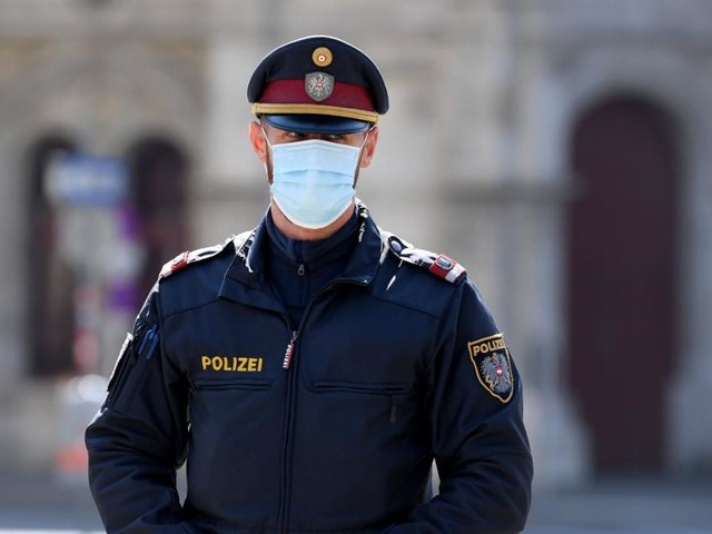 Impfung für Polizisten: Nun werden 10.000 Dosen bereitgestellt