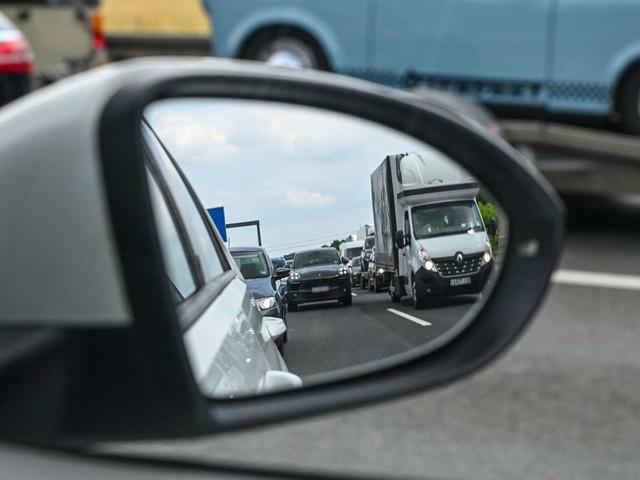 Verkehr in Baden-Württemberg: Viel Stau auf den Autobahnen am ersten Ferienwochenende