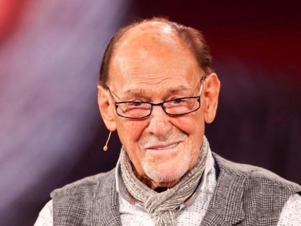"""""""Ein wunderbarer Mensch"""": Kollegen trauern um Herbert Köfer"""