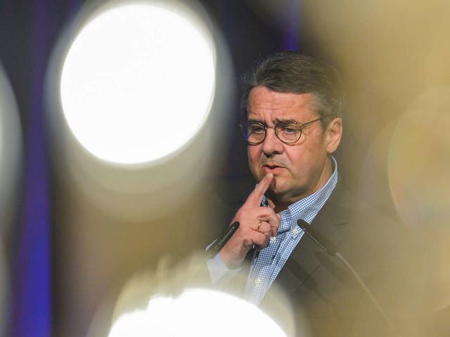 Sigmar Gabriel in Diensten der Deutschen Bank: So viel wird der Ex-SPD-Chef bald verdienen