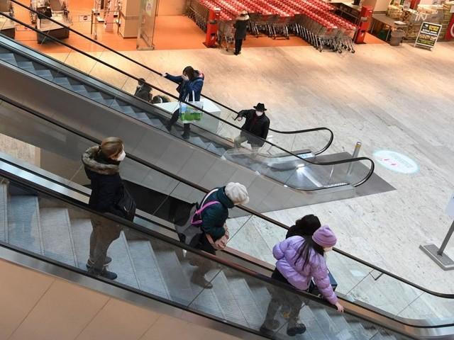 Slowenien führt 3G-Regel in Einkaufszentren und Öffis ein