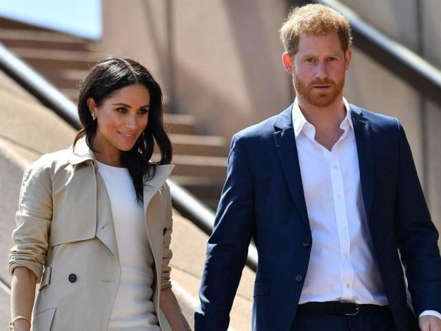 Harry und Meghan könnten Hochzeitstag zum letzten Mal mit Titel feiern