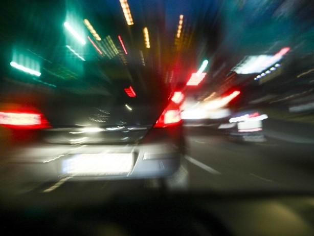 Hamburg: Autofahrerin rammt Pkw und löst Kettenreaktion aus