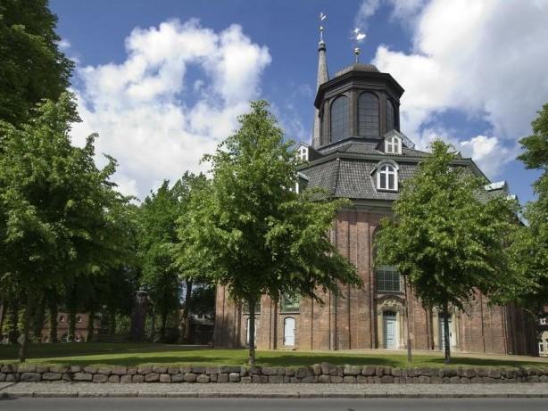 Konzertkritik: Sergey Babayan tupft Etüden in den Hall der Rellinger Kirche