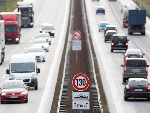 Autoindustrie hält an Nein zu Tempolimit fest