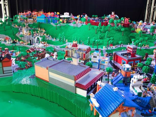 LEGOLAND New York zwei Jahre vor Eröffnung: Themenbereiche des weltweit teuersten LEGO-Freizeitparks vorgestellt