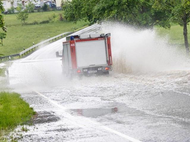 Unwetter: Unwetter im Westen Deutschlands halten Einsatzkräfte in Atem