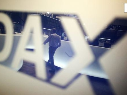 Dax schafft es spät ins Plus - Anleger bleiben nervös
