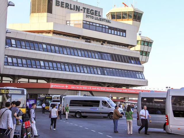 Flug Stuttgart - Berlin Tegel ab 62€ | Billigflüge von Stuttgart nach Berlin Tegel | STR - TXL | SWOODOO