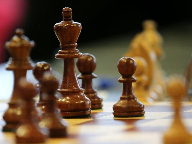 Igor Rausis: Schachspieler betrügt auf Toilette – jahrelange Sperre