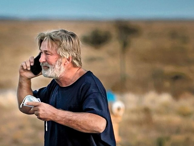 Nach Tod von Kamerafrau: Alec Baldwin äußert sich zu tragischem Unfall
