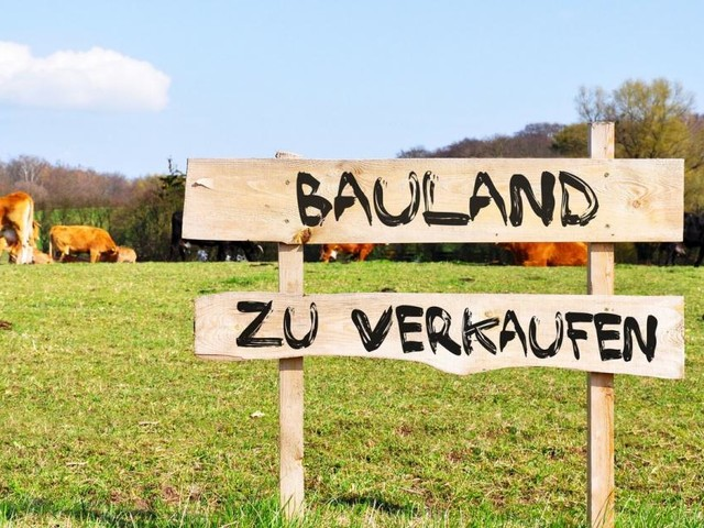 Breite Kritik an Bauland-Abgabe und Landes-Monopol für Fotovoltaik